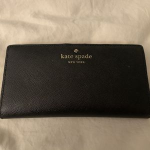 Kate Spade Wallet - Holds 12 Cards for Sale in Los Angeles, CA
