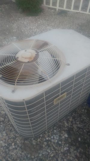 Residential ac unit for Sale in Hayward, CA