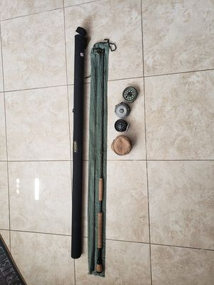 Gloomis Fly Rod 9' with 2 reels and spare spool for Sale in Poway, CA