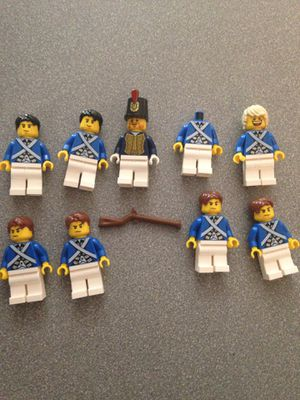 Lego vintage figures (9) $30 for Sale in Tempe, AZ