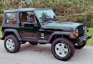 Great running Price 8.O.O$ O2 Jeep Wrangler for Sale in Des Moines, IA