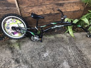 ADAMS TRAIL A BIKE FOLDER COMPACT ( 20' condition exelente. User never new) for Sale in Miami, FL