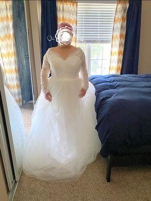 SZ 18 New wedding dress. for Sale in Aurora, CO