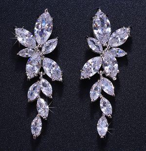 Earrings jewelry for Sale in Bloomfield, CT