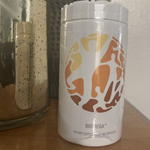 USANA BIOMEGA for Sale in Artesia, CA