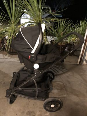 Stroller, car seat with base for Sale in Kennewick, WA