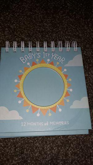 12 month photo album for Sale in Perris, CA