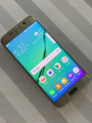 Samsung galaxy s6 edge 64gb unlocked for Sale in Boston, MA