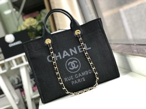 Chanel Tote bag for Sale in New York, NY