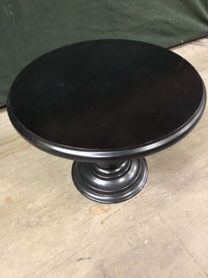 Black round dining table for Sale in Fall City, WA
