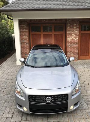 Nissan Maxima SV 2OO9 for Sale in Frederick, MD