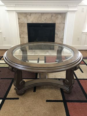Round Table for Sale for Sale in Bothell, WA