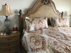 King Bedroom set for Sale in Belleair Bluffs, FL