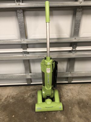 Dirt Devil Express Vacuum needs a good cleaning for Sale in Palm Harbor, FL