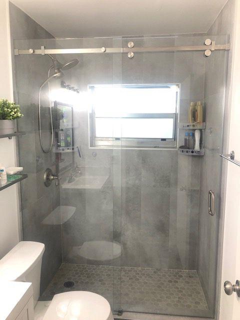 Glass shower doors $25 per sq ft