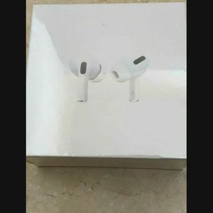 Like Air Pod Pro for Sale in Buena Park, CA