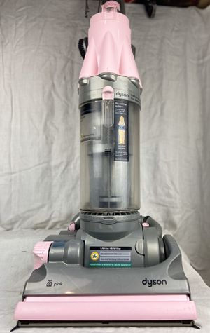 Dyson DC 07 Pink vacuum cleaner like new condition for Sale in Brooklyn Park, MN