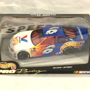 Hot Wheels Scale 1:24 Die Cast Replica Race Car for Sale in Vacaville, CA