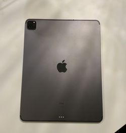 iPad PRO 4th Gen 2020 With active AppleCare + Broken Screen for Sale in New York,  NY