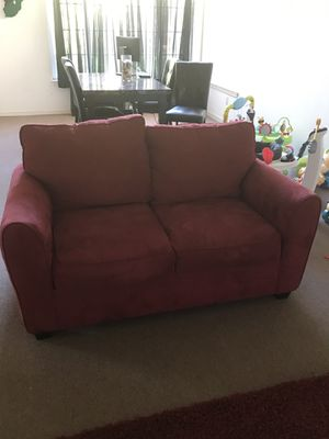 2 Red couches and Rug for Sale in Antioch, CA