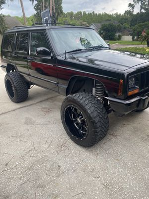 1998 Jeep Cherokee classic for Sale in Valrico, FL