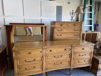 3-PIECES ANTIQUE DRESSER- MIRROR AND ARMOIRE for Sale in Henderson,  NV