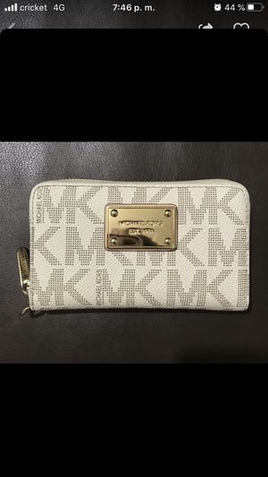 Cartera Michael Kors for Sale in Fort Worth, TX