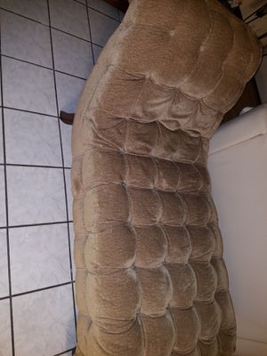 chaise in excellent conditions for Sale in Houston, TX
