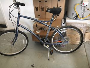 New Fuji bike used maybe 3 times for Sale in Las Vegas, NV