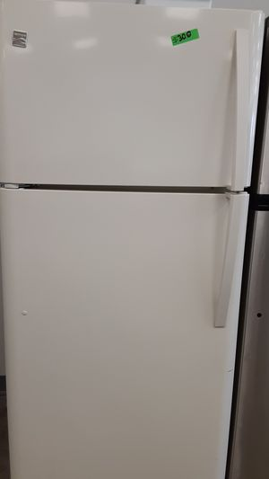 Kenmore top&bottom refrigerator 4 months warranty for Sale in Bowie, MD