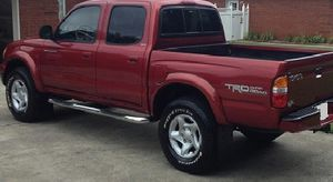 StayHome 2OO2 Toyota Tacoma 4WDWheels../ for Sale in Kansas City, KS