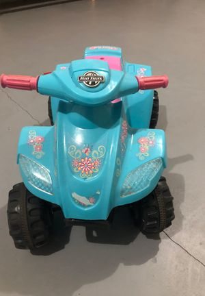Kid Trax (4 wheel scooter) rechargeable for Sale in Hagerstown, MD