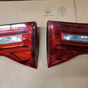 2007 2008 2009 HONDA ACURA MDX PAIR LEFT & RIGHT INNER TAIL LIGHT OEM for Sale in Lawndale, CA