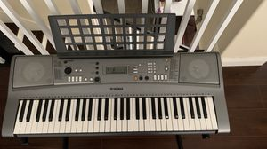 Yamaha Electronic Portable Keyboard for Sale in West Covina, CA