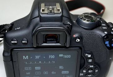 Canon 750D for Sale in Kent,  WA