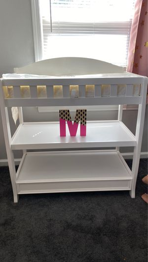 Baby changing table ( delta brand ) for Sale in Dearborn, MI