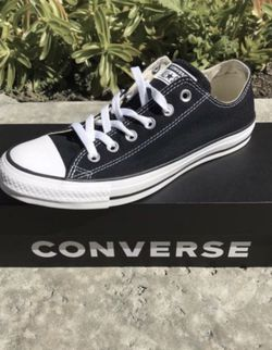 Converse low top ( Mens 5, 6, 6.5, 7, 9, 10, 11.5 / Women's 7, 8, 8.5, 9 ) ONLY ! for Sale in Anaheim,  CA