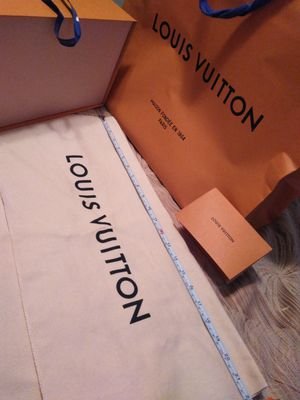 Louis Vuitton dust bag and box for Sale in Largo, FL