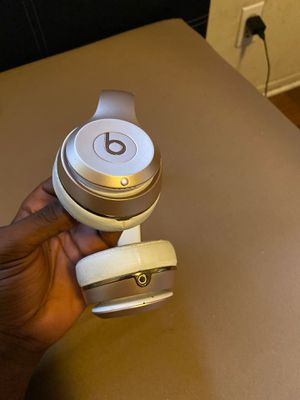 Beats head phones wireless solo 3 for Sale in Ladera Heights, CA
