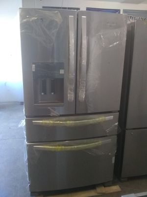 Whirlpool stainless steel french door refrigerator free queen size mattress home and kitchen appliances for Sale in Los Angeles, CA