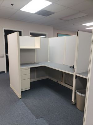 Cubicles and desks for Sale in Alexandria, VA