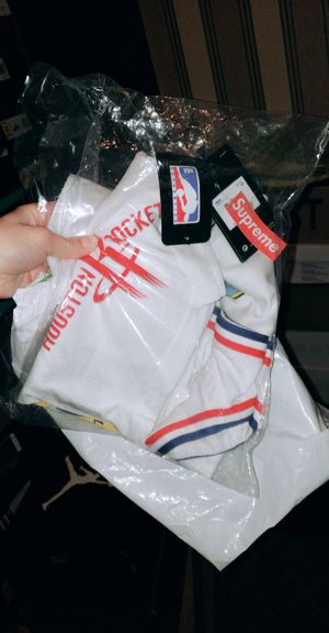 A+ Supreme NewYork NBA Jersey for Sale in Westlake, MD