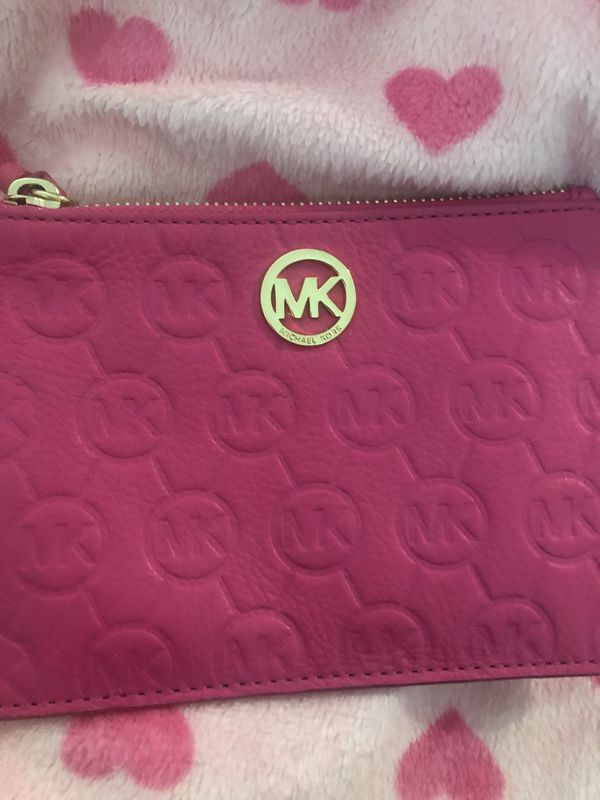 413d7bbeacb9 Pink MK wallet   purse with zipper for Sale in Compton