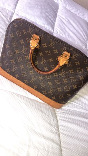 Louis Vuitton Alma Bag for Sale in Hartford, CT