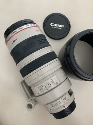 Lens Canon zoom 100-400 mm excellent !! for Sale in Miami, FL