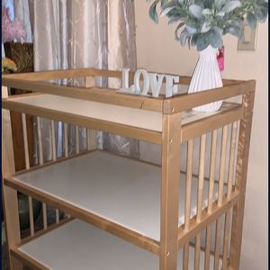 Changing table Like New for Sale in Sun City, AZ