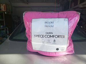 Queen Pink Comforter for Sale in Aurora, CO