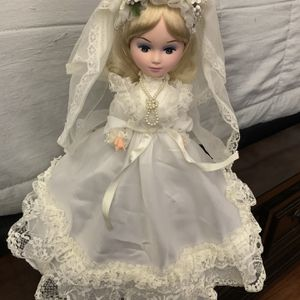 Vintage China Doll for Sale in Las Vegas, NV