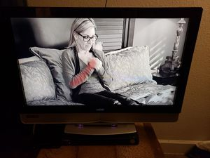 Vizio 37 inch TV great condition and clean for Sale in Phoenix, AZ