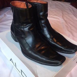 Casual dress boots for Sale in Downey, CA
